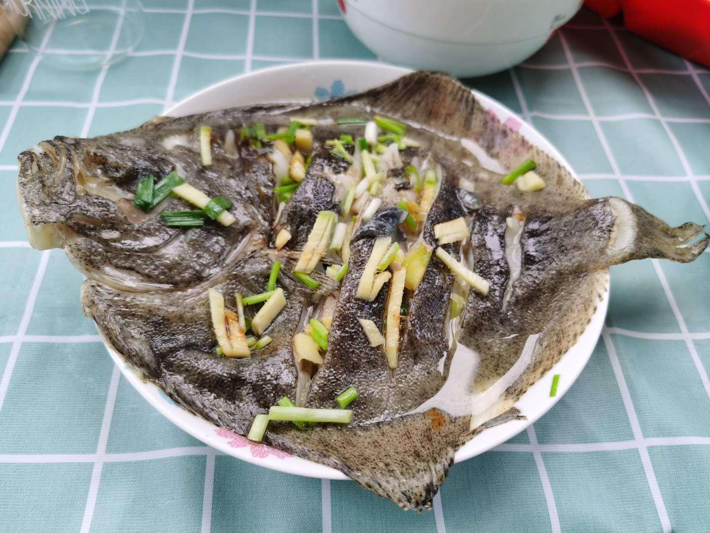 程序员的晚餐 | 6 月 15 日 红烧带鱼和清蒸多宝鱼