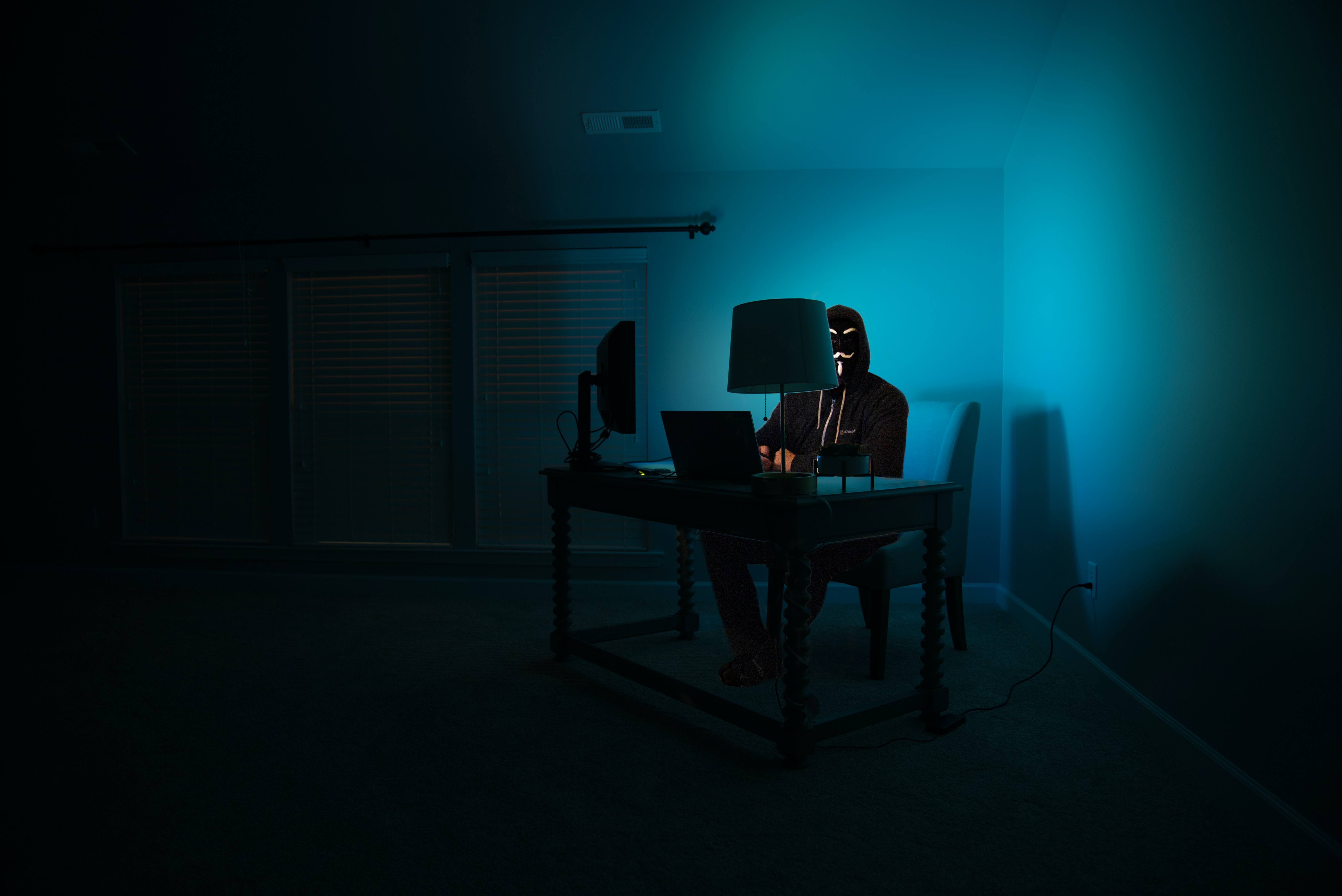 做一次黑客,入侵一次服务器