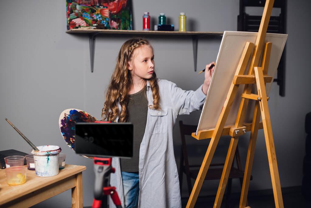 拍乐云推出业内首个「线上美术教学音视频方案」,打造极致互动体验