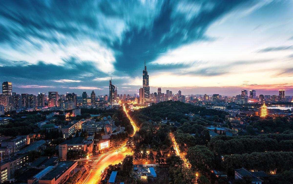 路过,凌晨2点的南京