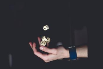 Python 有哪些黑魔法?