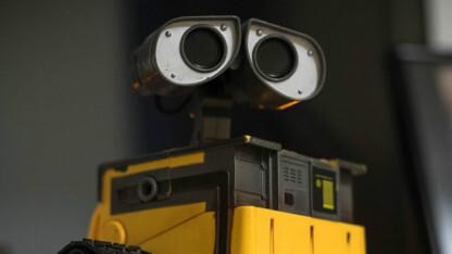 """谷歌""""跑腿""""机器人实现远距离导航,成功率提高2-3倍"""